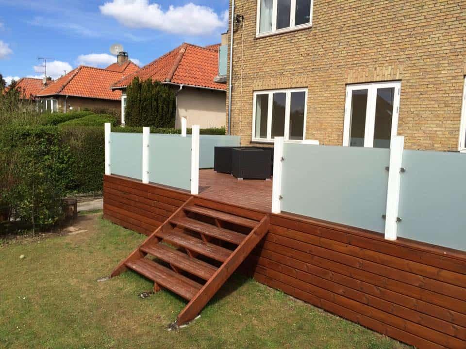 glasafskaermning-til-terrasse